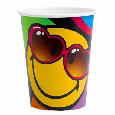24x stuks emoticon thema party bekers 266 ml