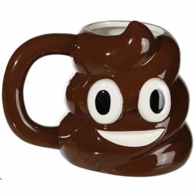 Emoticon beker poep of chocolade ijs?