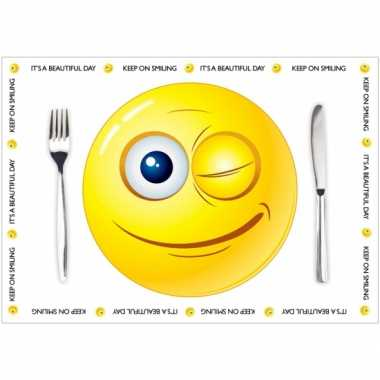 Papieren placemats emoticon thema 10 stuks