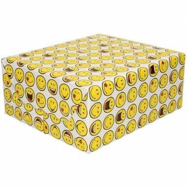 Set van 5x stuks inpakpapier/cadeaupapier wit met emoticons 200 x 70 cm