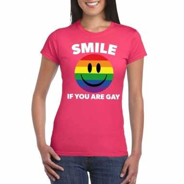 Smile if you are gay emoticon shirt roze dames