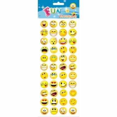 Stickervel emoticon met 88 stickers voor kinderen