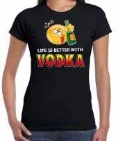 Funny emoticon t-shirt life is better with vodka zwart dames